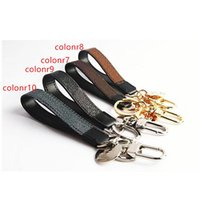2021 New Keychain Buckle lovers Car Keychain Handmade Leather Keychains Men Women Bag Pendant Accessories