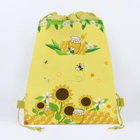 honeys bees 2021 - Gift Wrap 1pcs Cute Bee Birthday Party Boys Favors Cartoon Honey Theme Decorate Non-woven Fabric Baby Shower Drawstring Gifts Bags