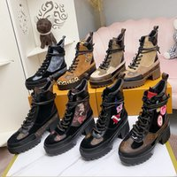Latest Women Snow Boots Martin Desert Boot flamingos Love arrow medal 100% real leather coarse size US5-11 Winter shoes