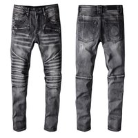 Fashion Mens Jeans Simple Summer Lightweight Denim Pants Large Size Famous Casual Solid Classic Straight Jean For Male