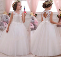 Wholesale Christmas Wedding Dress For Sale - 2016 Hot Sale Princess Flower Girl's Dresses White Ivory Floor Length Lace Tulle Ball Gown Girl's Dresses For Kids Wedding Dresses