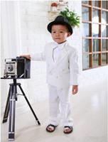 çocuklar özel smokinleri toptan satış-Yeni Geliş Custom Made Kids 'Smokin Beyaz Erkek Takım Elbise, yakışıklı Düğün Parti Boys' Örgün Durum Takım Resmi Kıyafet