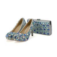 ботинки сочетаются с муфтами оптовых-Синий Кристалл свадьба высокие каблуки с сцеплением коренастый каблук горный хрусталь выпускного вечера насосы Золушка выпускного вечера обувь с соответствующей сумкой
