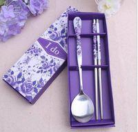 favores de la fiesta de la cuchara al por mayor-Comercio al por mayor 100 set / lote vajilla de acero inoxidable Purple Flower cuchara palillos establece Favores de la boda Event Party Supplies caja de regalo