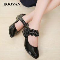 Koovan Girl Shoe Princess Kids Sandals 2017 New Spring Summer Nuevo Rhinestone coreano Wild Negro Zapatos de playa de cuero High Heel K405