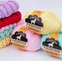 fios de lã de algodão venda por atacado-100g Macio Mão Tricô De Lã Fios De Algodão Para Tricô Amante Cachecol Chunky Fios 27 Cores OOA3824