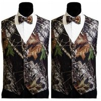 Wholesale Cheap Plus Size Outerwear - Cheap Sale Camo Mens Wedding Vests Outerwear Groomsmens Vests 2017 Realtree Spring Camouflage Slim Fit Mens V-neck Vests