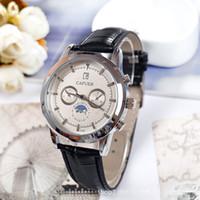 часы наручные оптовых-Горячая распродажа 2018 новая мода роскошный дизайн мужчины досуг резиновый ремень кварцевые часы