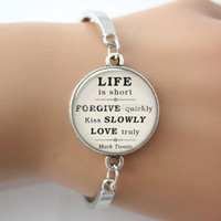 Charm Bracelets spring inspirational quotes - Trendy Mark Twain quote on Life Love Forgiveness inspirational quote bracelet romance kiss glass gem Bracelet for lover G045