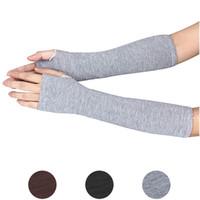 gants coréens mitaines achat en gros de-En gros-2015 nouvelle mode hiver Cashmere longs gants de couleur unie vendant à moitié signifie le style coréen des gants de laine tricotés mitaines