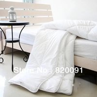Wholesale Piece Solid Pattern white Comforter with Polyester Filler in Twin Full Queen King Size about KG for Spring