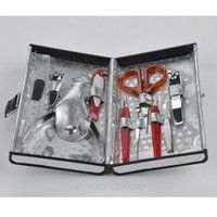Wholesale-Schmetterlings-Muster Case + 1 Set 10pcs Nail Clipper Kit Nagelpflege Set Pediküre Scheren Pinzette Messer Maniküre-Set Werkzeuge HJ0002 * 60