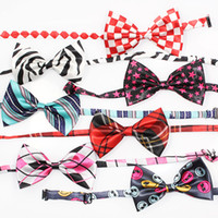 31003 Handmade Dog Fashion Bow Tie 19 couleur réglable Pet Collier cravate TAILLE 20-45CM Mix 10 de style dreambows-gros