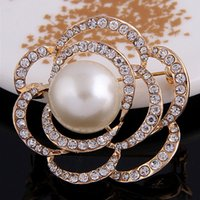 Wholesale Top Quality Costume Jewelry - Top Quality Czech Diamond Crystal Gold Tone Rose Pearl Brooch Luxury Party Costume Women Collar Pins Charm Flower Girls Gift Jewelry B916