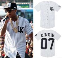 homem de estilo rei venda por atacado-Atacado-2015 dos homens últimos reis boné de beisebol homem estilo verão Kanye West Hip Hop t-shirt dos homens com decote em v botão até roupas esportivas