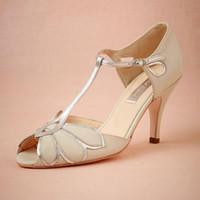 botas de boda zapatos marfil al por mayor-Zapatos de boda de marfil vintage Botas de boda Mimosa Correas en T Cierre de hebilla Baile de fiesta de cuero 3.5