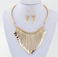 collar de cuentas de coral 18k al por mayor-2019 Fashion Europen Bijoux Jewelry Set Trendy Chunky Tassel Collares Colgantes Conjuntos de joyas Mujeres Earing y Collar Sets