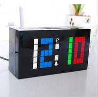 diy saatli dijital saatler toptan satış-Yenilik Renkli Renk Özel Kişiselleştirilmiş LED Elektronik Alarm Dijital Saat DIY Duvar Saati ve Masaüstü Saatler Ev Dekor Için hediye
