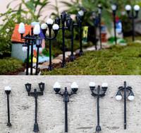 ingrosso mini artigianale luce-10pcs Resina Craft Fairy giardino gnome lampione bonsai terraium decorazione fai da te vaso decorazione mini luce di strada decorazione della casa