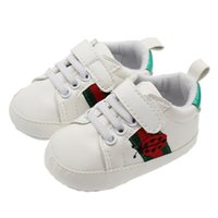 Wholesale Newborn Soft Shoes - New Arrive Baby First Walkers Baby Soft Bottom Sneakers Fashion Moccasin Newborn Babies Shoes PU Leather Prewalkers Boots