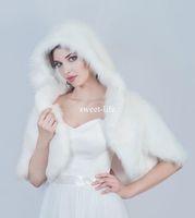 Wholesale White Fur Short Wedding Capes - Wholesale Winter White Bridal Wraps Christmas Hooded Cloak Wedding Capes Halloween Short Fur Jacket Bridesmaid Bolero Shawl