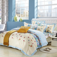 Wholesale Romantic Floral Quilts - Wholesale-100% Cotton Korean Bedding Set Floral Print and Embroidered Quilt Cover Bed Linen Ruffles Lace Romantic Girls Bedroom Sets Queen