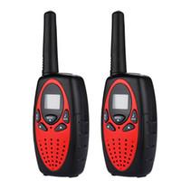 uhf walkie talkie range venda por atacado-Atacado-2pcs LCD UHF FM 8 canais Handheld rádio em dois sentidos Ham Walkie Talkie 8 km comunicar intervalo Intercom LCD civil Walkie Talkies A24