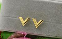 v-förmigen schmuck großhandel-Mode neue dreidimensionale V-förmigen Ohrringen Titan Stahl 18 Karat Roségold Ohrringe Schmuck Verkauf heiße koreanische Version