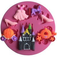 Wholesale Fondant Shoe Molds - Dress , Horse, Shoes Design Christmas Fondant Silicone Cake Mold For Cupcake Cake Decorating Tools Candy polymer clay molds
