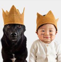 bebek örme taç toptan satış-Bebek kız Taç Kapaklar Moda çocuklar çocuk Yumuşak Örme Şapka Güzel Bebek Komik Doğum Günü Şapka Çocuklar Hediye 6 renkler