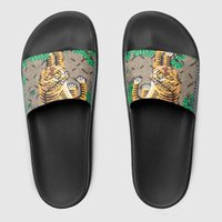 Wholesale Tiger Shower - High quality Genuine Leather men's designer slippers clip feet flip style European Tiger lines style Shoes luxury brand sandals with box
