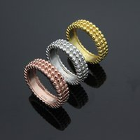 handel perlen großhandel-Außenhandel Schmuck Großhandel drei Reihen von runden Perlen Ring 18K Gold Handelsringe