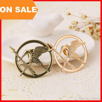 Wholesale Gold Rhinestone Brooches - The Hunger Games Brooches Inspired Mockingjay And Arrow Brooch Pins Silver gold Bronze bird badge for women men Jewelry Drop Shipping