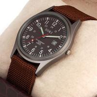 oberflächenarmbanduhren großhandel-relogio 2015 geben Verschiffen Luxux SOKI Militäruhrmänner Uhr leuchtende Oberfläche Quarz-Armbanduhren genaue Kalenderuhr frei