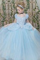 blumenmädchen kleidet blauen schein großhandel-Ballkleid Blumenmädchenkleider Cinderella Pageant Kleid Ice Blue Schöne Tüll Appliques Perlen Funkelnde Kinder Kleid Hohe Qualität