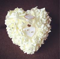almofada de casamento em forma de coração venda por atacado-26 cm * 26 cm * 13 cm 2015 New Arrivals Elegante Rose Favores Do Casamento Em Forma de Coração Projeto Anel de Presente Caixa de Almofada Travesseiro