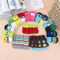 100pcs Desenho de desenhos animados de preço mais baixo Colorful Pet Socks Dog Socks cão Non-slip meias pet anti-derrapante partic meias meias gato