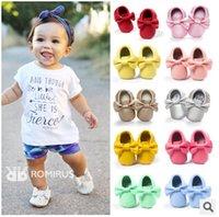 randos en cuir de taille néonatale achat en gros de-Chaussures pour bébés chaussures pour bébés premier marcheur chaussures 0-18M garçons filles mocassins bébé chaussures pour bébés chaussures en cuir souple bébé mocassins chaussons nouveau-né