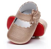 bebek kırmızı altlıklar toptan satış-HONGTEYA pu deri bebek moccasins ayakkabı kırmızı taban prenses bebek kız ayakkabı yumuşak alt mary jane ilk yürüteç ayakkabı Yeni Stil