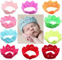 yenidoğan örme taç toptan satış-14 renkler 2015 yeni Yenidoğan Bebek Kız Erkek Tığ Örgü Prenses Taç Kafa Şapkalar çocuk Peluş emperyal taç CY2962