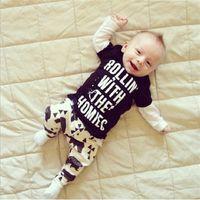 Wholesale Bowtie Cartoon Baby - NWT 2015 Cute Cartoon Bowtie Bear Baby Girls Boys Outfits Set Summer Sets Boy Cotton Tops + Harem Pants 2pcs Suits Roliin with the Homiec