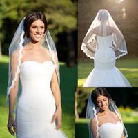 Wholesale Champagne Wedding Fingertip Veil - Wedding Bridal Veils 80 cm Length Alencon Lace Veil Fingertip Veil Re-embroidered Lace Veils For Wedding Dresses Dhyz