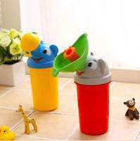 urinol de carro portátil venda por atacado-Viagem convencional portátil Cute Urino de bebê Crianças Potty Boy Carros de cerâmica de carro Urinal de veículo Viajando Urination