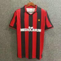 clubes de futbol de italia al por mayor-Envío gratis 91/92 italy club milan home retro versión jerseys de fútbol de calidad superior número personalizado camisetas de fútbol