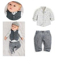 meninos coletes camisas venda por atacado-2019 crianças roupas 3 pcs ternos bebê treino meninos cavalheiro xadrez ternos camisa + colete + calça crianças boutique clothing define roupas de grife