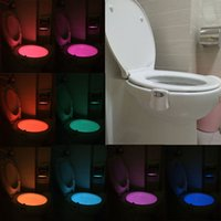 Venda por atacado - Hot Sale 8 cores Motion LED Night Light Lamp Mudando para Washroom Bowl Toilet Sensor ativado Sensitive Seat Battery-operated