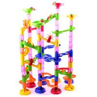 construção de dominó venda por atacado-Bloco de construção quente especial do dominó da venda dos brinquedos das crianças e blocos educacionais do enigma 105pcs da trilha 3D