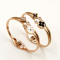 ingrosso braccialetto del braccialetto del trifoglio del fiore-Nuovo arrivo Titanium Steel due fiori doppio Fortress Clover Bangles Colori shell Bracciale in oro rosa Maniglia regalo per le donne gioielli di moda