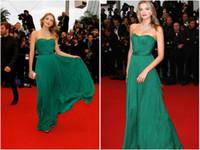 ingrosso il bello vestito da promenade del merletto verde-2016 verde senza spalline Celebrity Dresses Red Carpet primavera abiti da sera estivi nuovo abito da ballo in chiffon di pizzo Bella