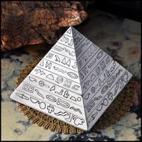 ingrosso coperchio della sigaretta-Posacenere a forma di piramide in stile vintage Posacenere a forma di zinco in lega con coperchio Posacenere a forma di sigaro in ceramica antico